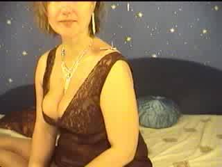 MatureMolly's Webcam Show Sep 14 part 2/2